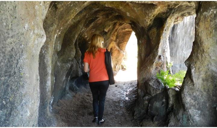 Rocas y grutas artificiales